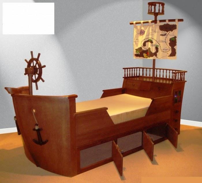 Desain kamar tidur anak gaya kapal laut yang cantik