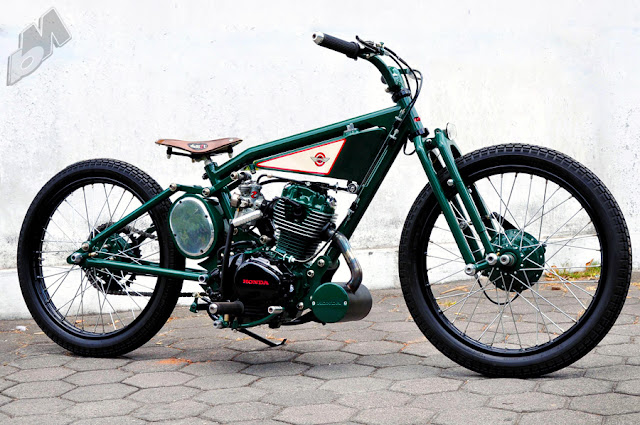 indonesian gl100 bobber - right | dariztdesign