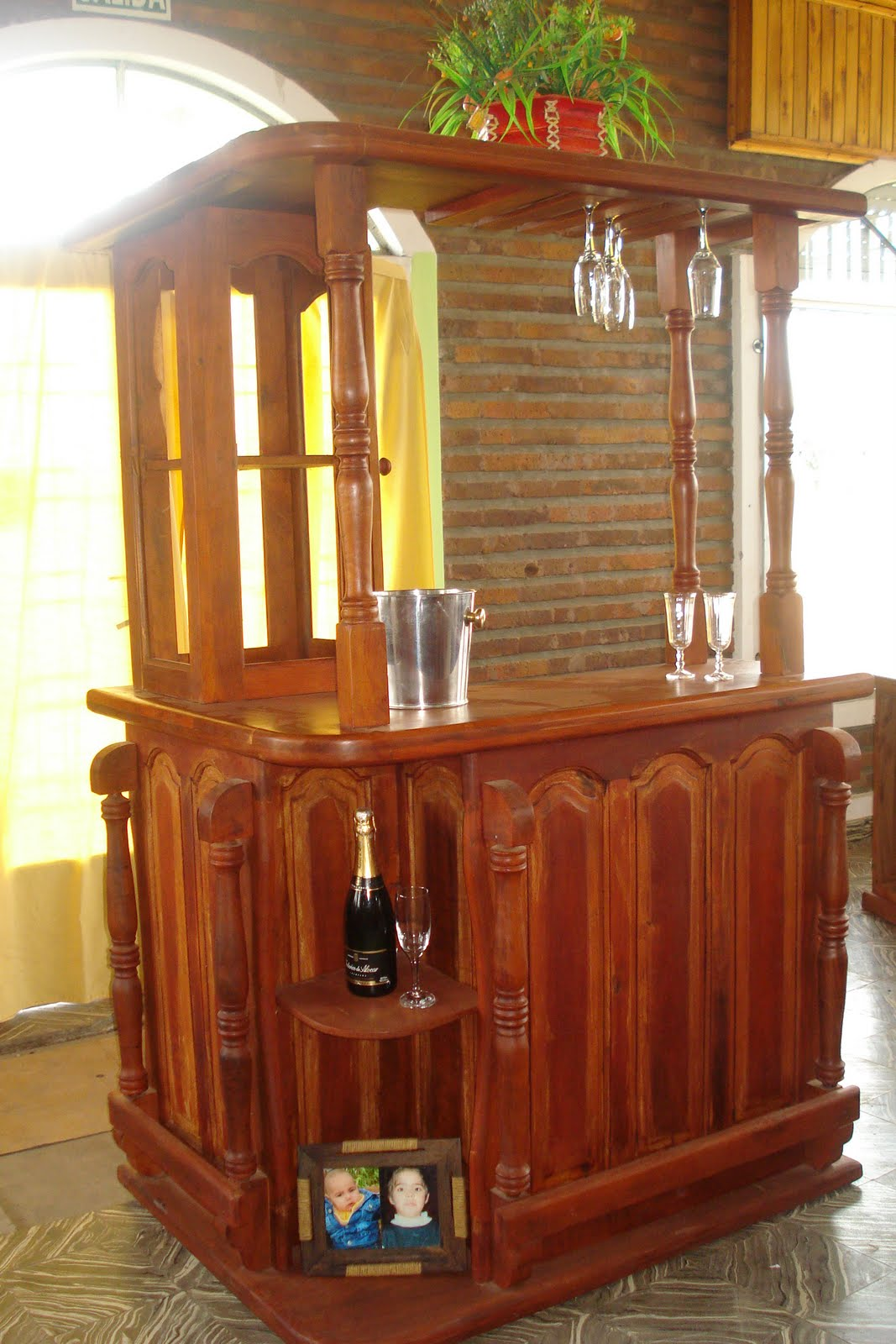 Algarrobo el machagaiense muebles estandars y a medida for Mueble de algarrobo para living
