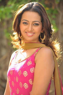 Actress Ester Noronha Latest Pictures in Sleeveless Salwar Kameez 0005.JPG