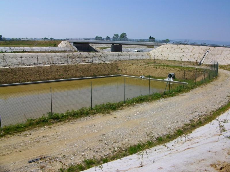 Exemple de dimensionnement d 39 un bassin de r tention cours g nie civil outils livres - Terrassement bassin de retention ...