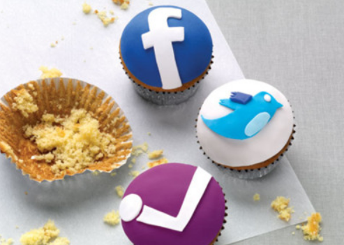 The Most Notable Social Media Moment From 2013 [INFOGRAPHIC]
