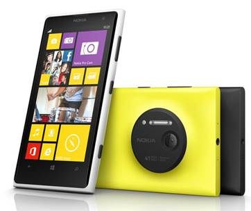 Annunciato il nuovo smartphone con tecnologia pure view e fotocamera posteriore da 41 mega pixel Nokia Lumia 1020