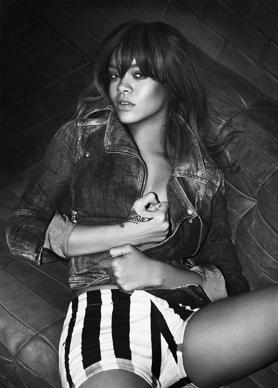 Rihanna modèle Armani Underwear