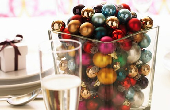 Creative Christmas table decorating picture 13