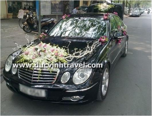 Cho thuê xe cưới Mercedes E280 - Thương hiệu xe cưới Đức Vinh