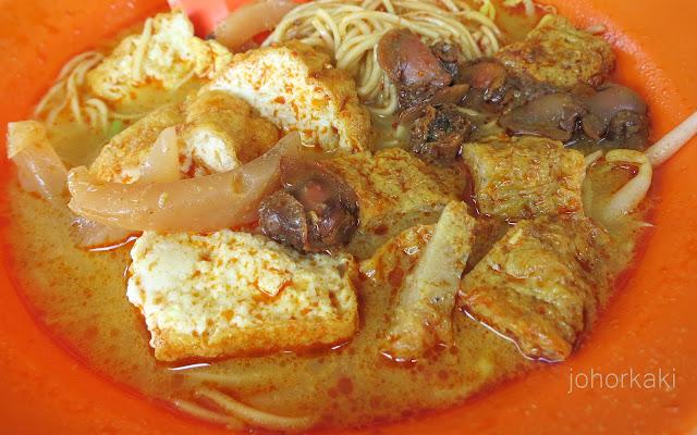 Laksa-Batu-Pahat-Glutton-Street-Johor