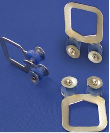 Corti alcon riel gleiro aluminio anodizado con accesorios for Ganchos de aluminio para ropa
