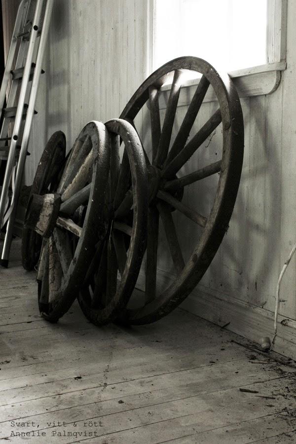 vagnshjul, gård i varberg, second hand, försäljning av gamla saker i varberg, tips, butik, vintage,