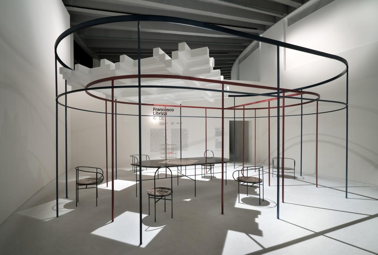 Per la XXI Triennale di Milano, Francesco Librizzi mette in scena ...
