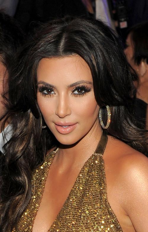 cosmetic khaos: Everything Kim Kardashian Make Up