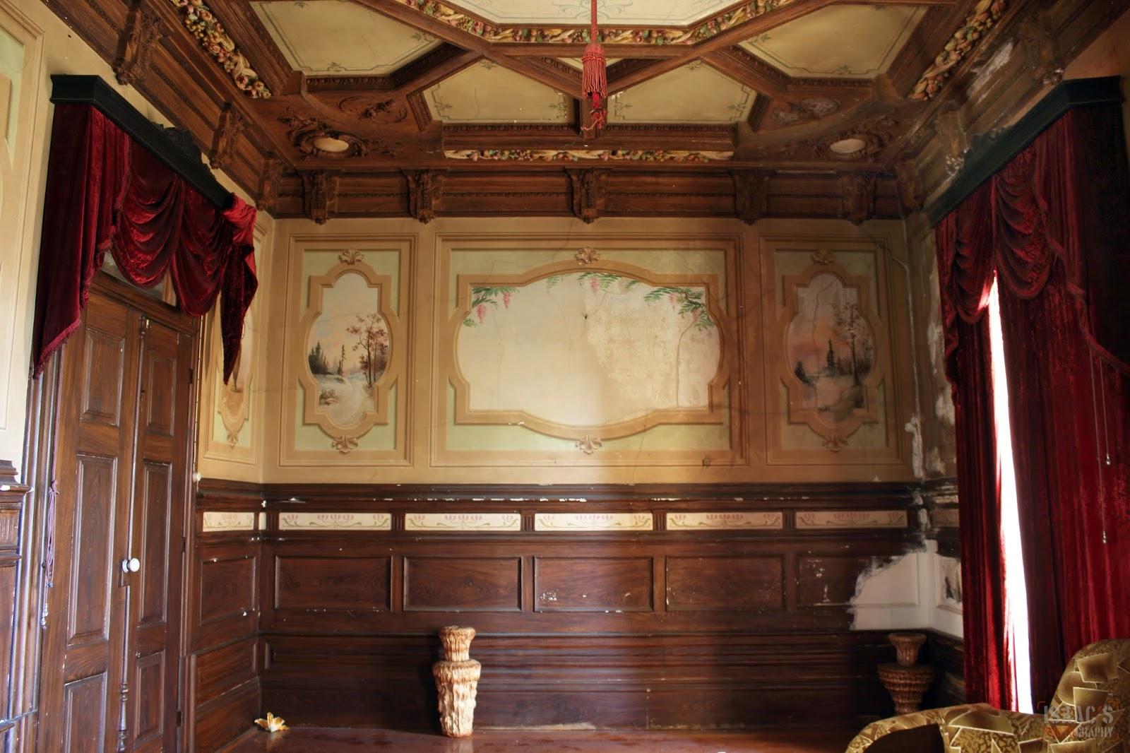 El silencio del abandono la casa de los azulejos for Salon los azulejos