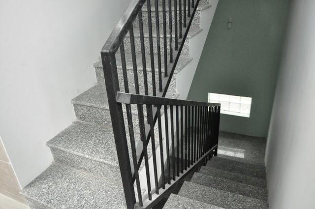 An Lộc 2 - Cầu thang chung cho tầng 2