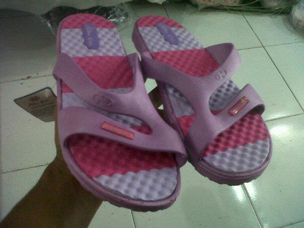 pusat grosir sandal new era 599 rp 17 000