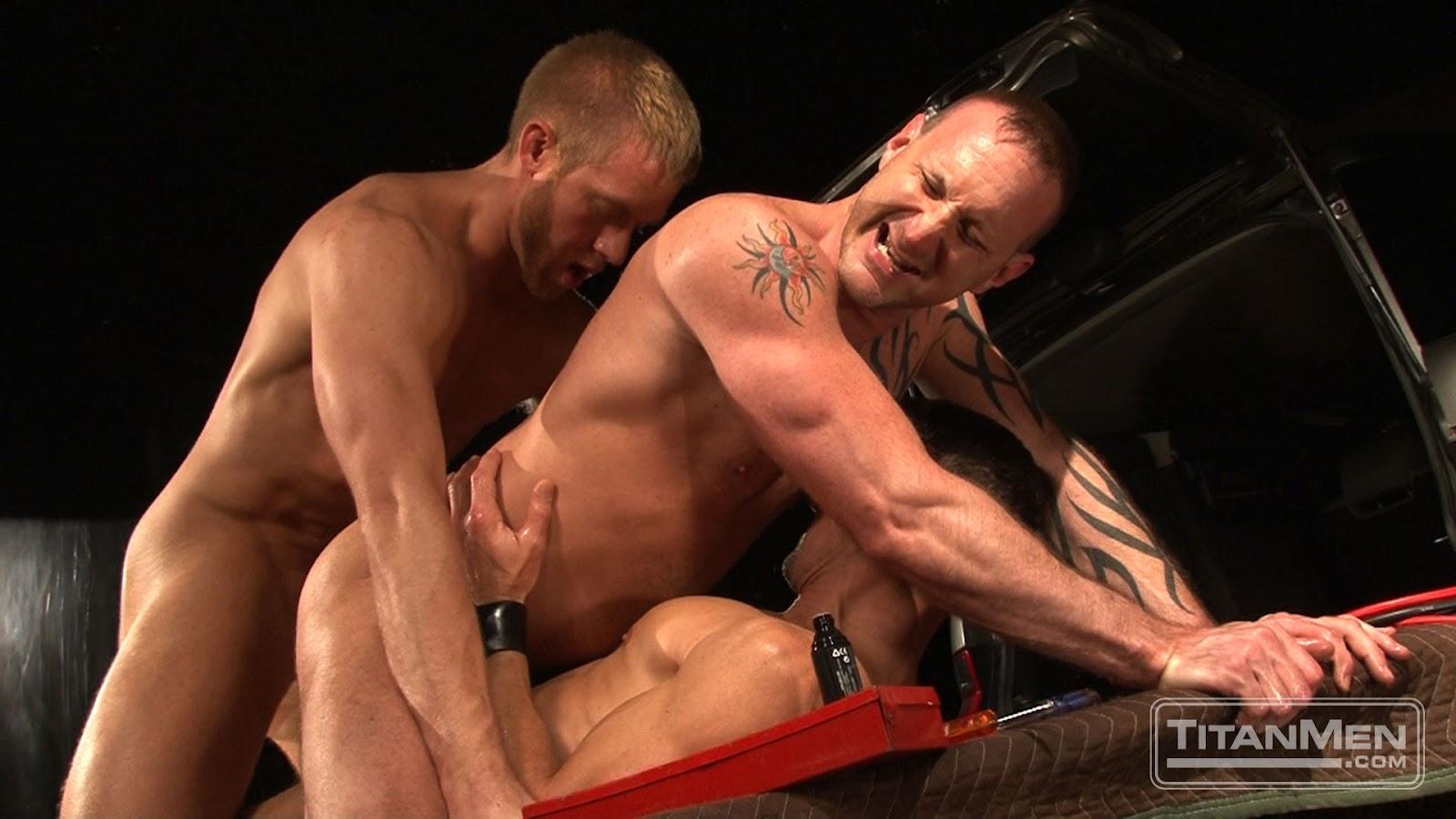 gay men cumming vids