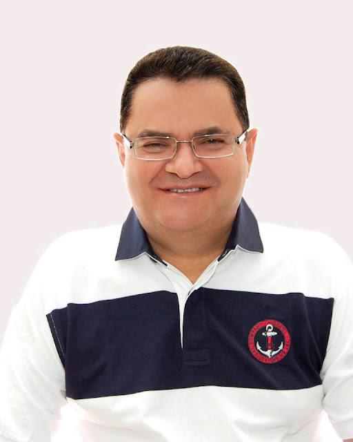 Zé Arinaldo Filho de Frei Paulo , GRANDE prefeito, Parabéns pra você !