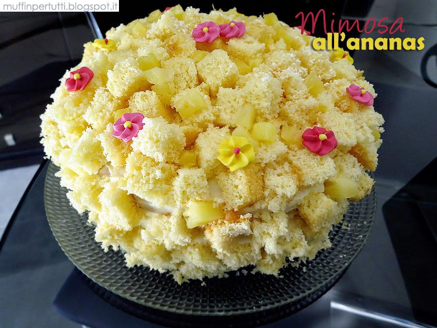 Torta Mimosa all\u0027ananas (3 strati)