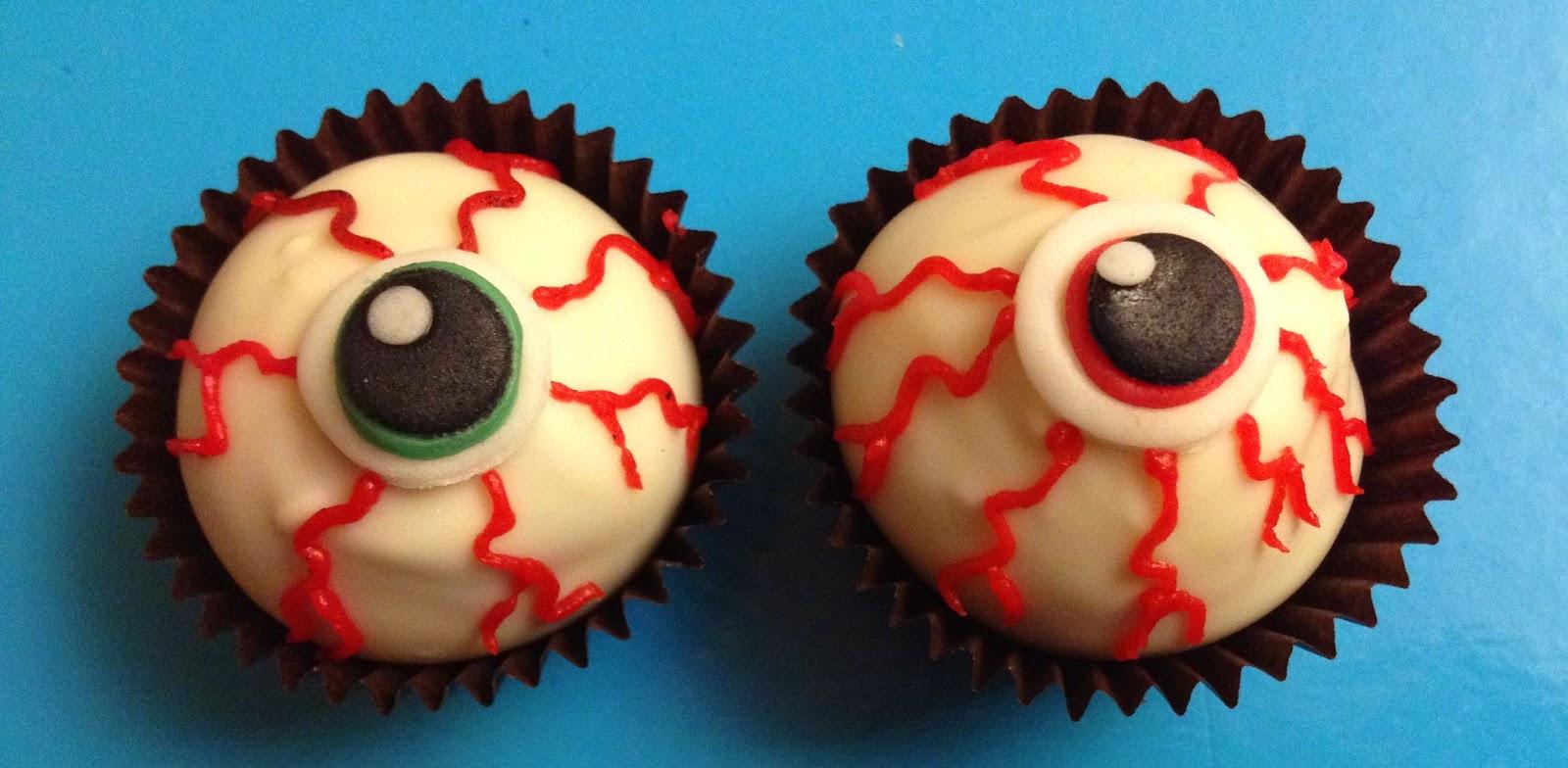 pops cakes, halloween, pop cakes halloween, pop cakes ojos