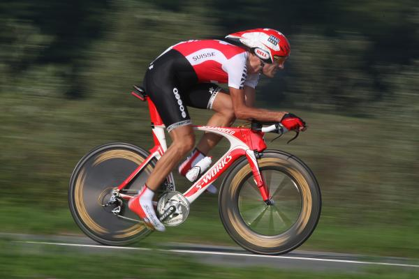 http://4.bp.blogspot.com/-E7GrCMaqOKQ/T3mgs8t1TKI/AAAAAAAAG4c/fFpjdhqAaWo/s1600/Cancellara_WC2009.jpg