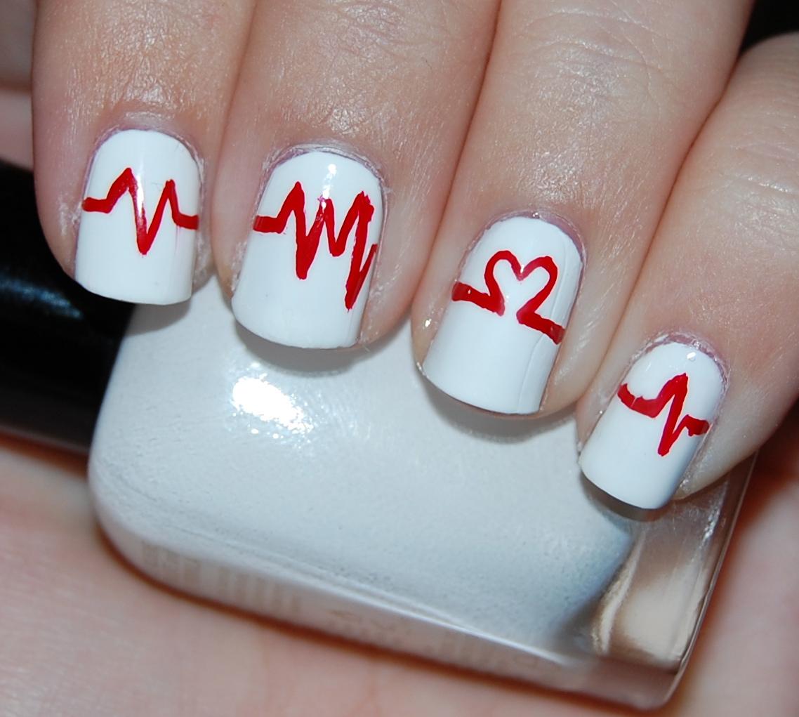 Nailadays: You Make My Heart Beat - 37/365
