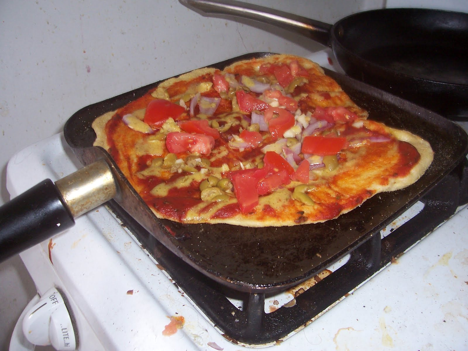 stovetop pizza for vegan pizza day