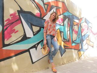 http://4.bp.blogspot.com/-E8LX-uZflAg/UDaZ24NZveI/AAAAAAAAajg/8Qdq5DQmnJM/s1600/look+vaquero+veraniego+camisa+flores+(7).JPG
