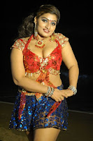 Babilona hot deep cleavage  in avan appadithan