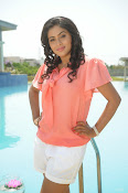 Poorna latest Glam Pics from Nuvvala Nenila Movie-thumbnail-1