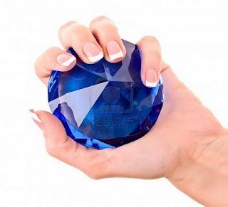 fabula-diamante-precioso