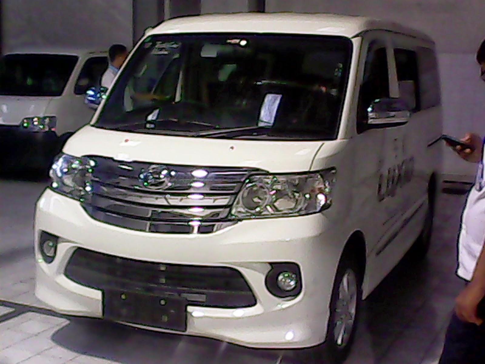 NEW LUXIO MC 2014 Dua Mobil Ini Sama Produk Dari Pabrikan Jepang Daihatsu Meskipun Satu Produsen Bukan Berarti Kedua Persis