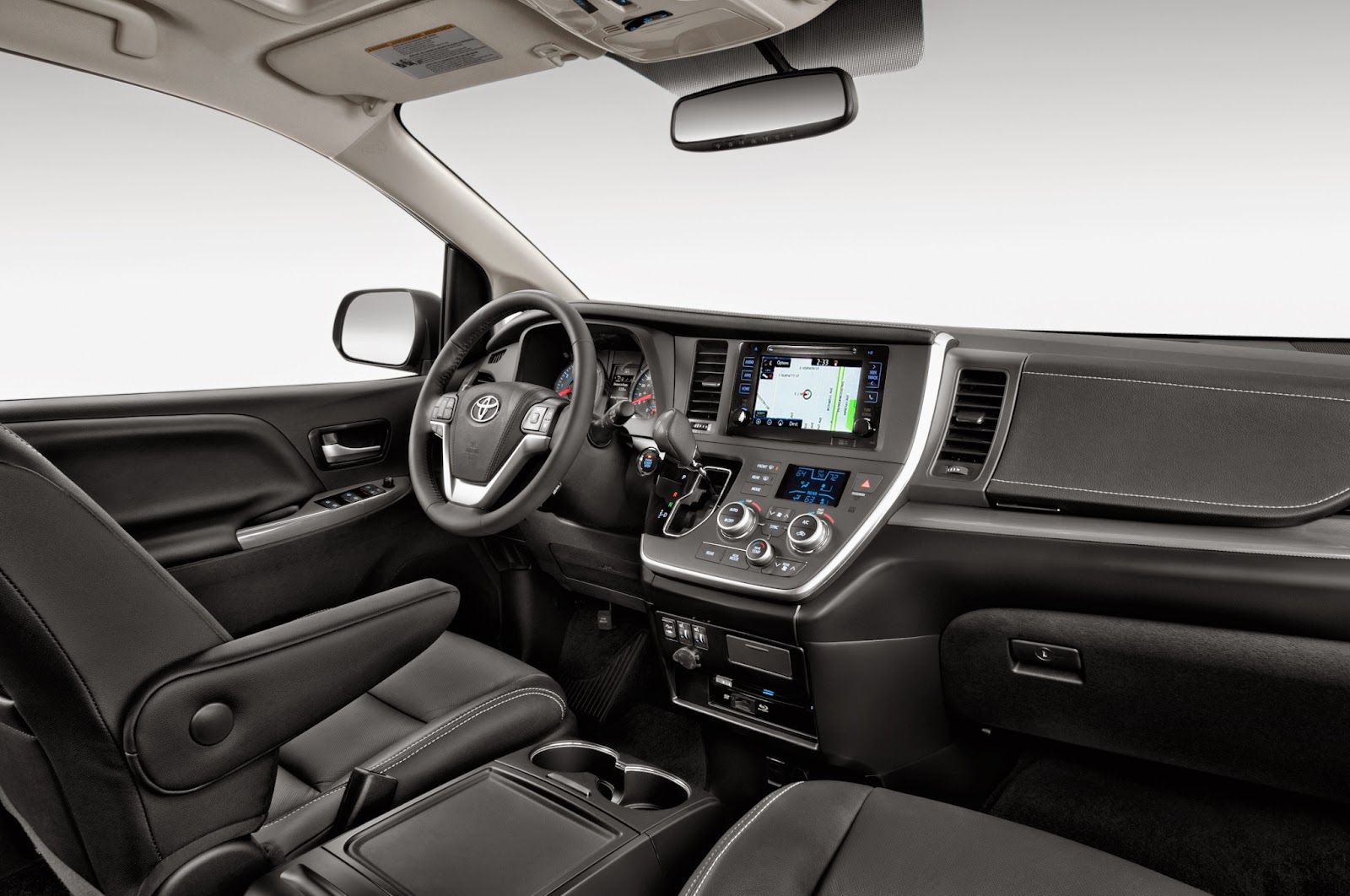 Interior view of 2015 Toyota Sienna