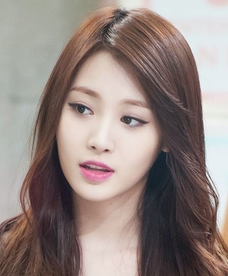 Girl's Day Yura's instagram account