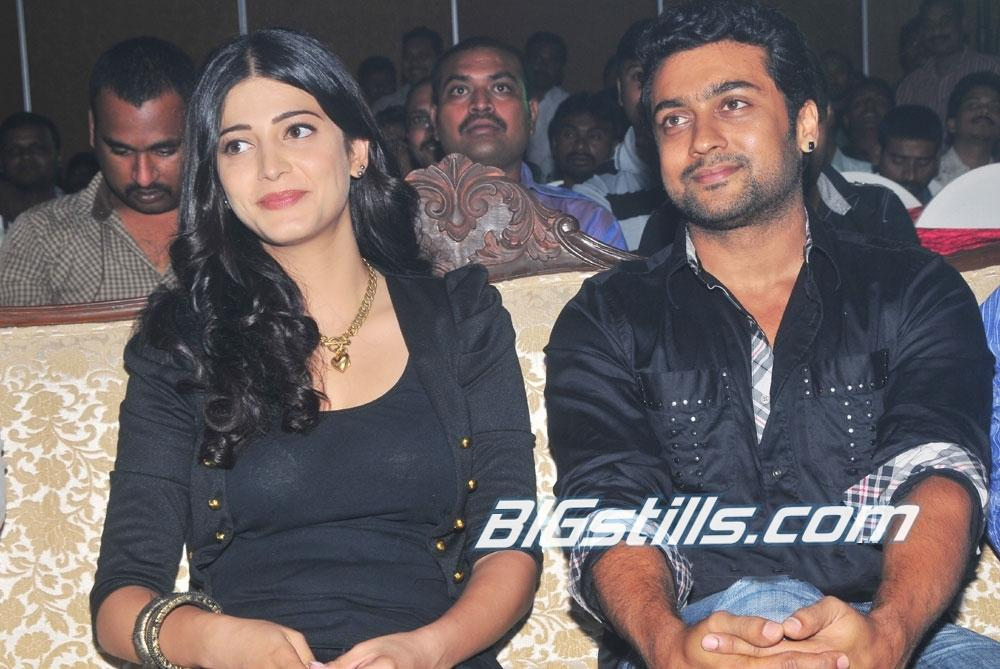 7th Sense logo launch - Suriya & Sruthi Hassan