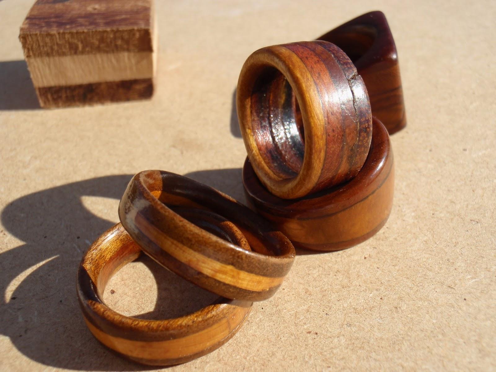 Arte en madera: Anillos de madera circulares #A54A26 1600x1200