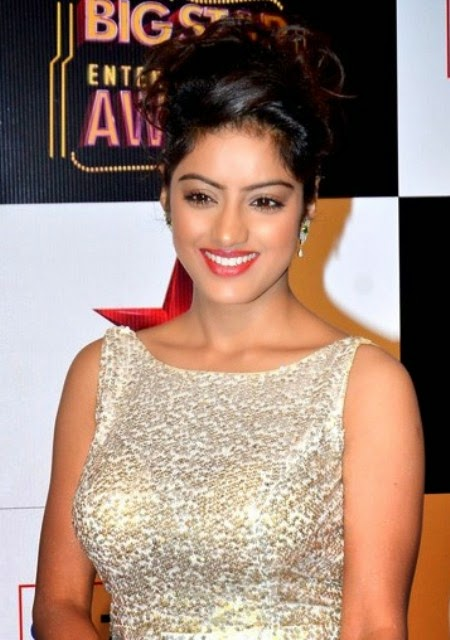 Deepika Singh New Wallpaper, Deepika Singh latest hair style, Deepika Singh shows, Deepika Singh as Sandhya