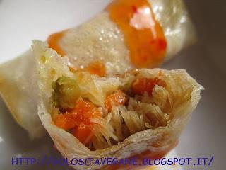 Antipasti, carote, cinese, cipolle, crauti, Etnico, fogli di riso, forno, ricette vegan, riso, salsa dolce piccante, spaghetti, tamari, zucchine,