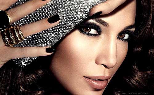5 Trucos de maquillaje de Jennifer Lopez que te harán resplandecer ( Por Corina Ceren )