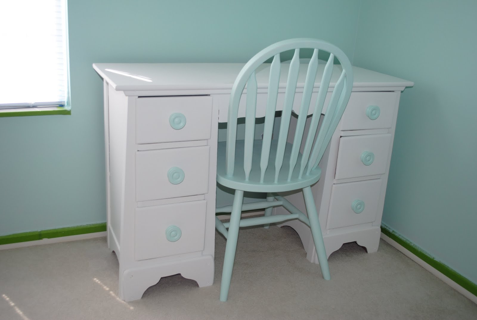 white desk with drawers her desk got a new coat of