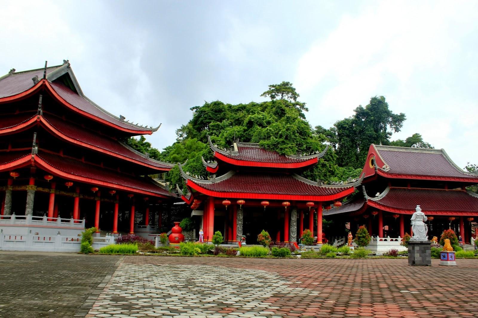 wisata-klentheng-sam-poo-kong-napak-tilas