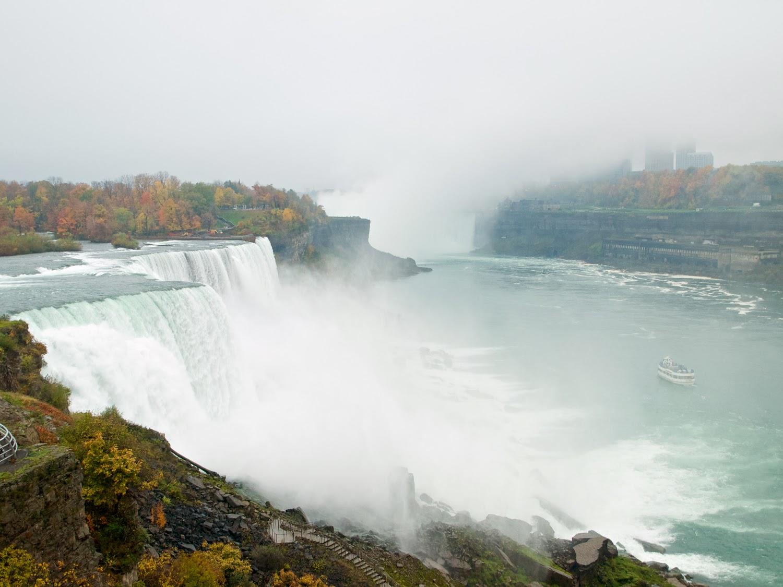 Niagara Falls entre la bruma
