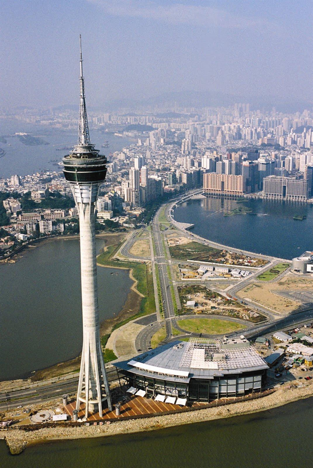 http://4.bp.blogspot.com/-E9cq8dRGKmw/TilbjXEjvKI/AAAAAAAAFAU/KNbhk95UgT4/s1600/macau_sky-tower.jpg