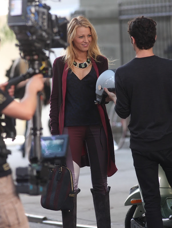 Blake Lively new Gossip Girl Set Photos