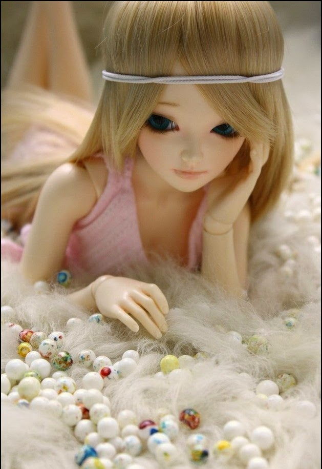 Display pictures for facebook cute dolls wallpapers for Cute display pictures