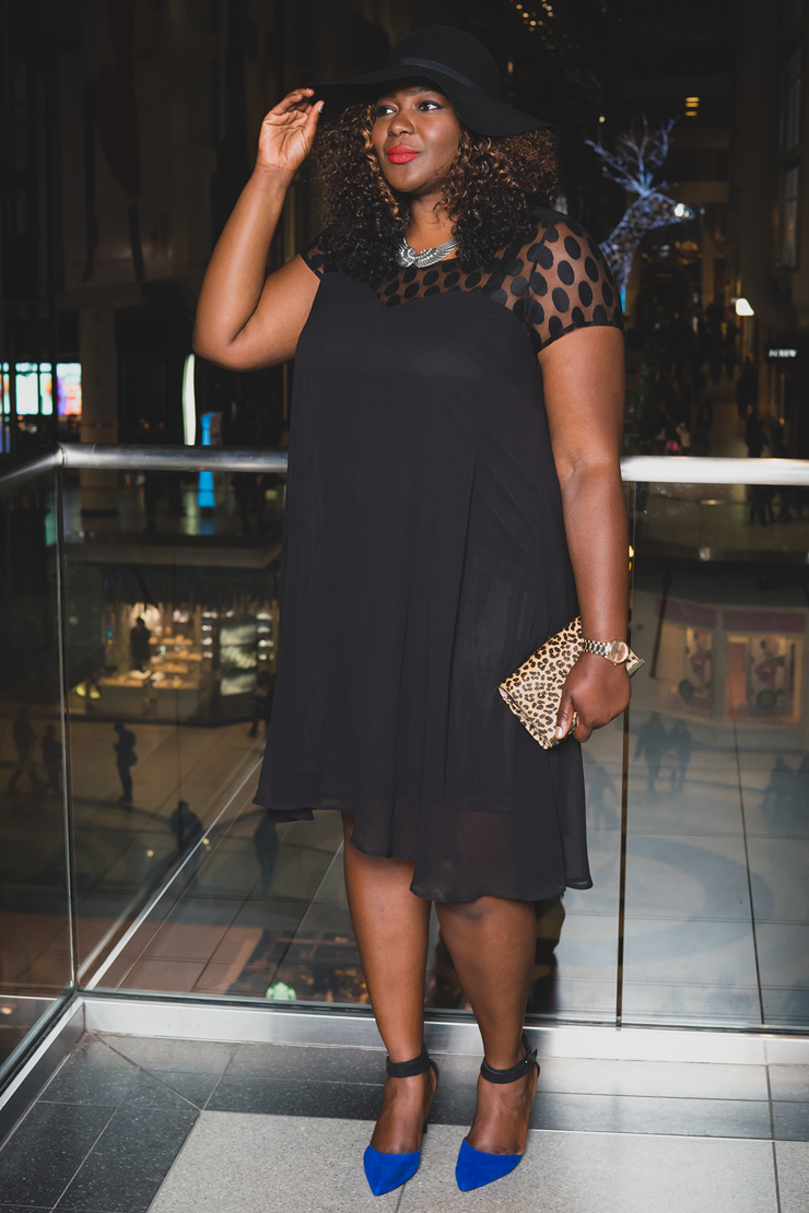Holiday Style Plus size blogger #holidaystyle #plussize #mycurvesandcurls #additionElle #womenfashion