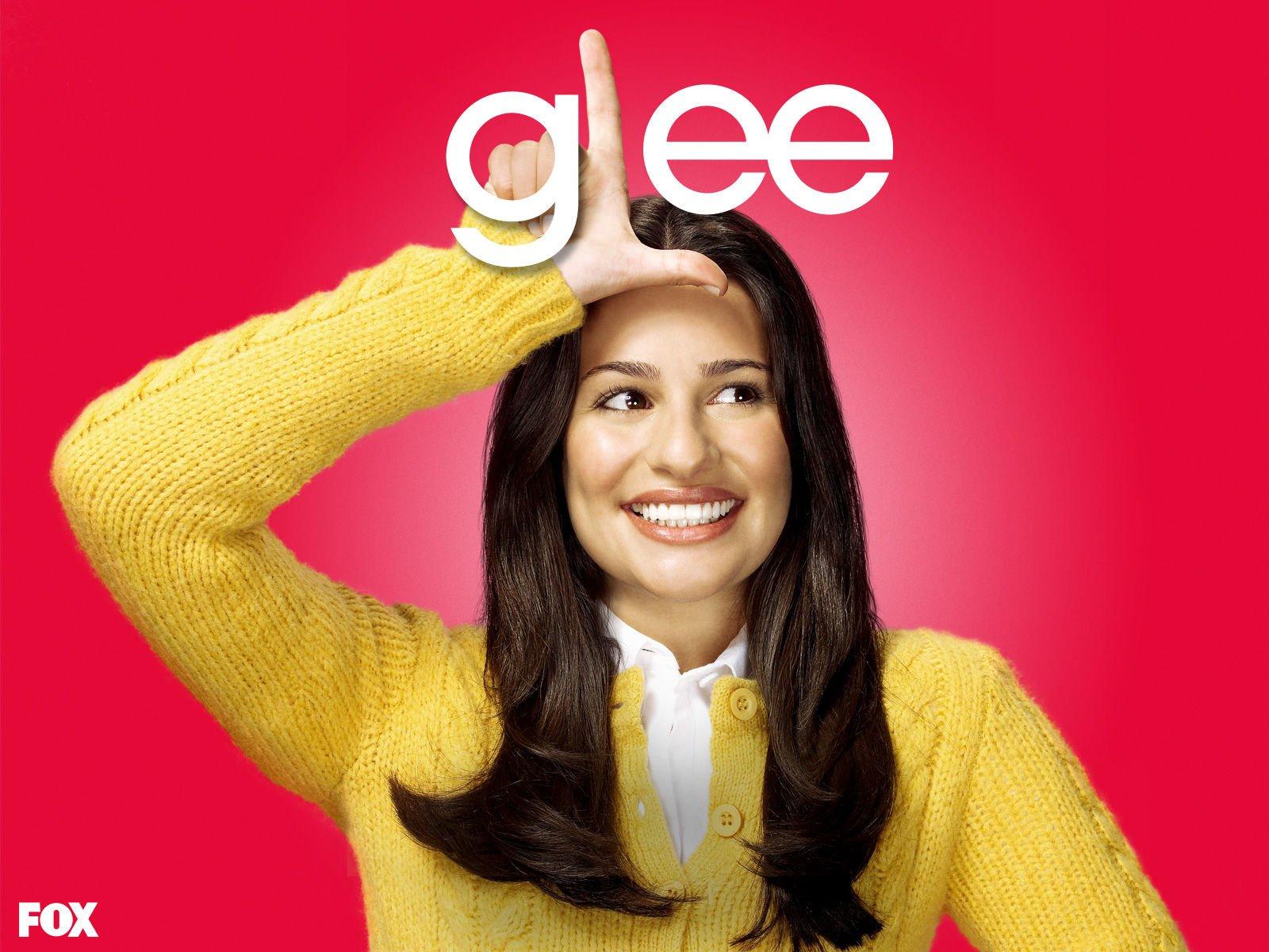http://4.bp.blogspot.com/-EA1hjco83Ow/TbsrVy13QsI/AAAAAAAACTA/lHLguBuJquQ/s1600/Glee-wallpaper-Rachel.jpg