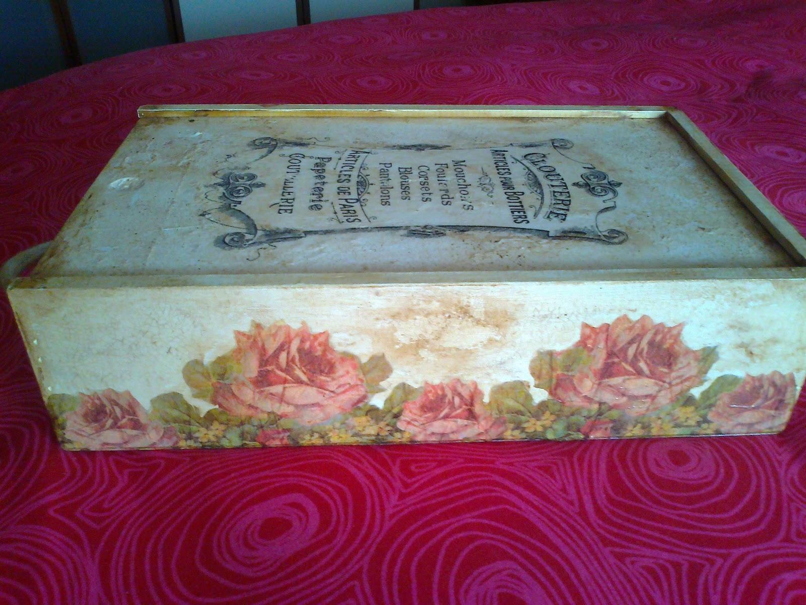 Mis agujas embrujadas caja de vinos con transfer y decoupage - Cajas de vino para decorar ...