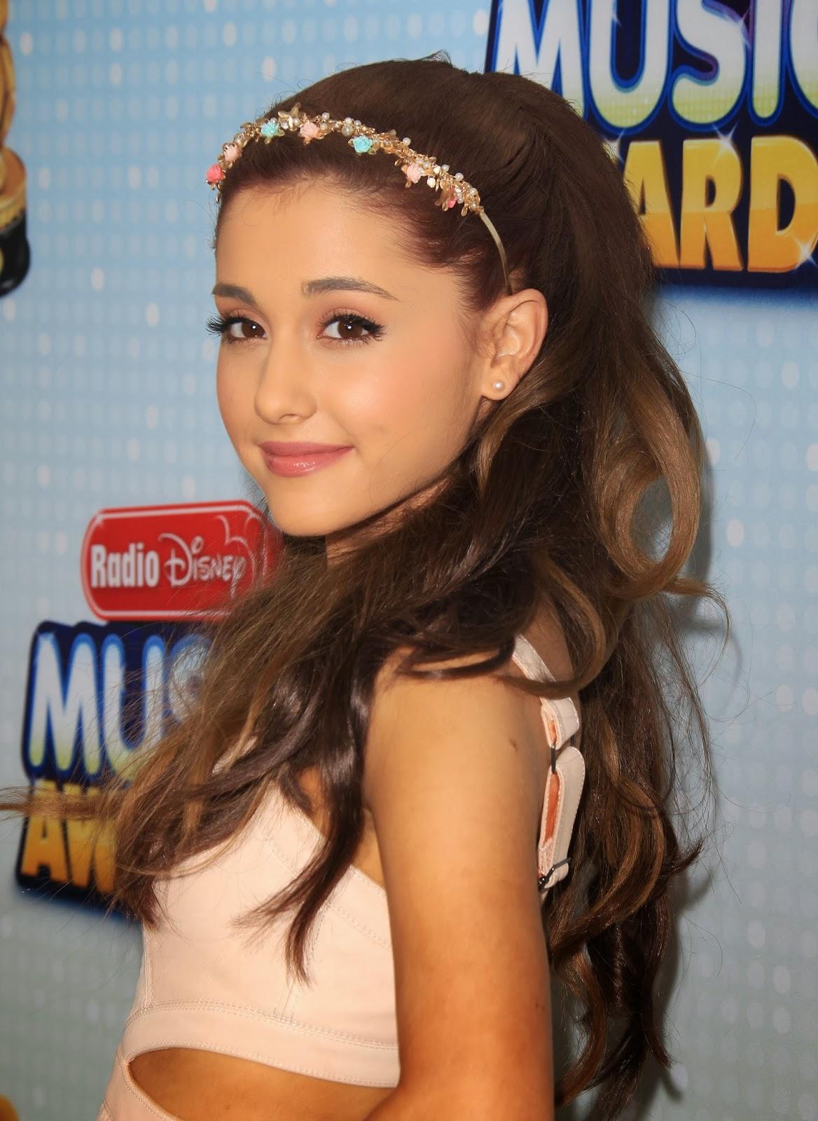 Ariana Grande Trend Fashion 2013 Celebrity Magazine