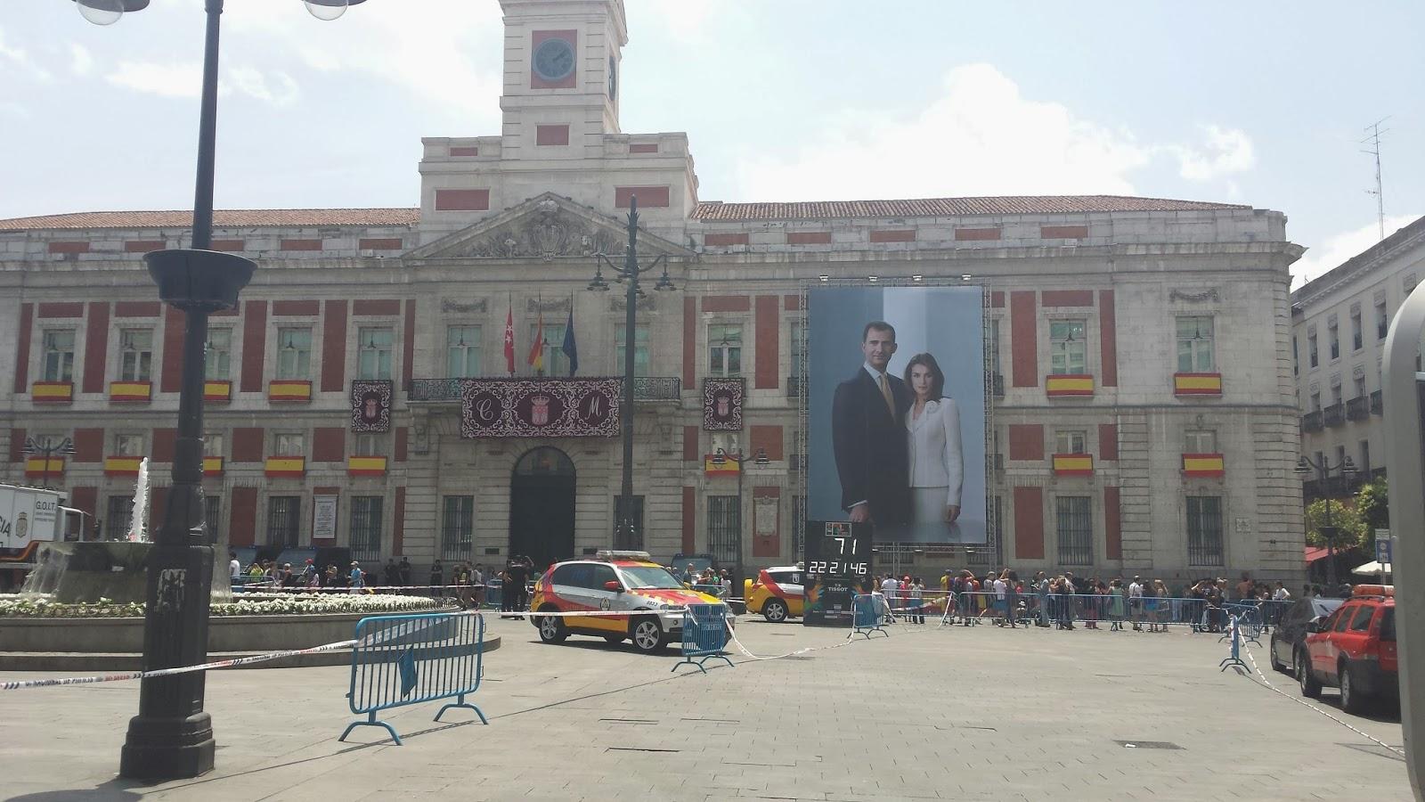 Puerta del Sol Madrid le jour de l'investiture de Felipe VI