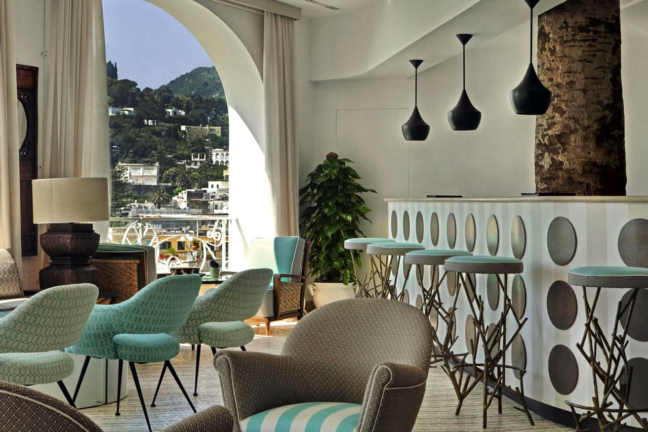 Italy travel jw marriott capri tiberio palace resort for Design hotel umbrien
