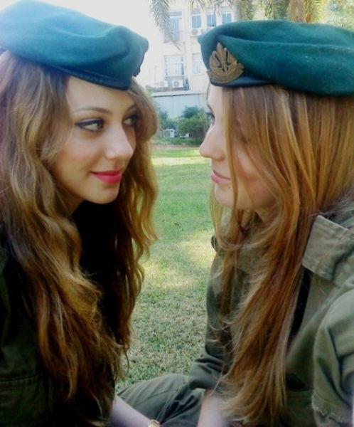 Fotos desnudas aficionadas de mujeres soldado